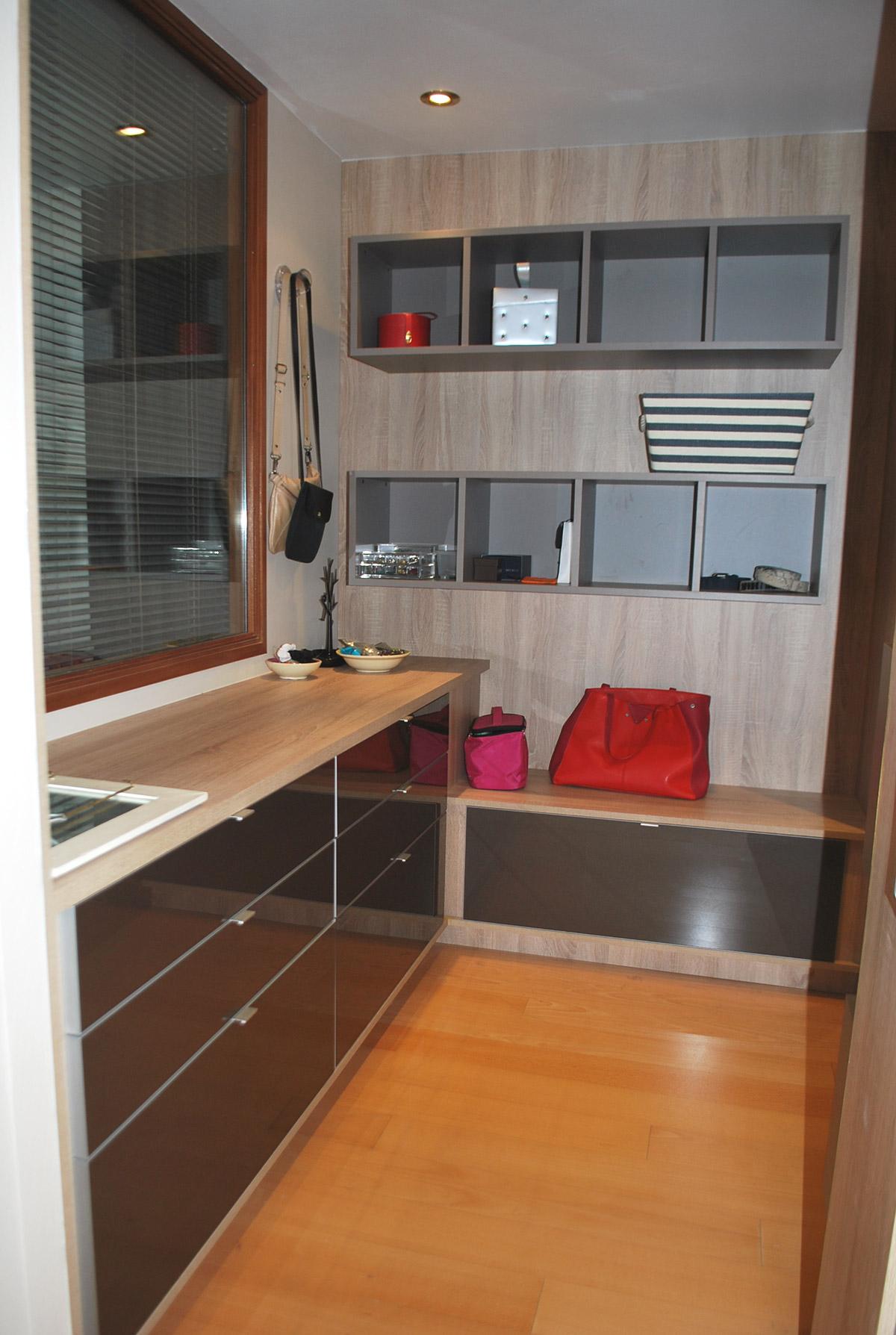 am nagement quimper cuisines kergourlay. Black Bedroom Furniture Sets. Home Design Ideas