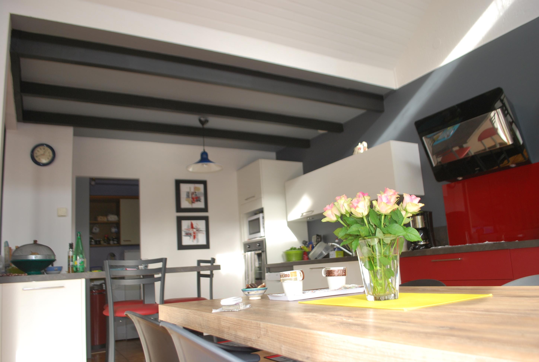 cuisine bicolore quimperl cuisines kergourlay. Black Bedroom Furniture Sets. Home Design Ideas